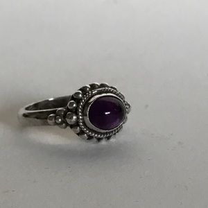 Jewelry - Amethyst silver ring